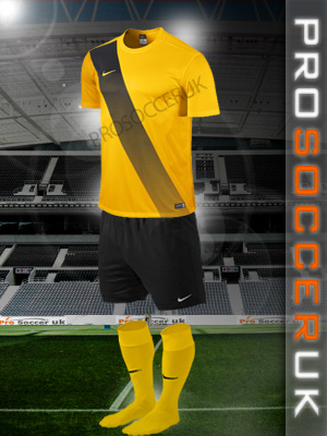 Nike Short Sleeve Football Kits